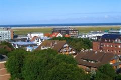 Blick vom Balkon über den Ort